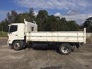 Hino GD tipper/ mini tag trailer Adamstown Newcastle Area Preview