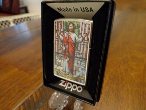 JESUS CHRIST STAINED GLASS WINDOW ZIPPO LIGHTER MINT IN BOX