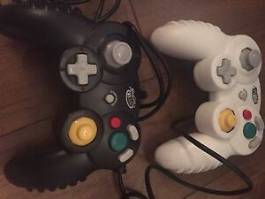 GameCube Controllers and game
