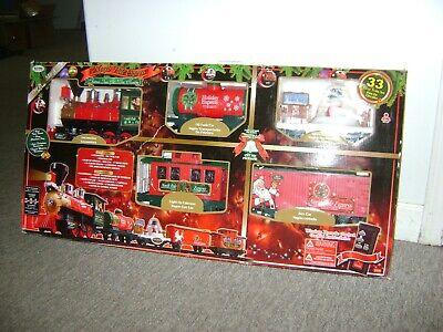 Eztec North Pole Express 33 Piece Christmas Train Set