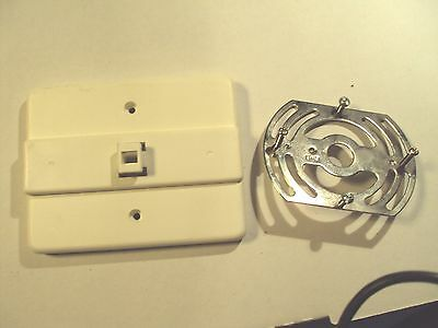 Lithonia Lighting Emergency Exit Sign Bracket And Mount
