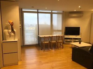 Southbank furnished 2Br apartment main bedroom available now