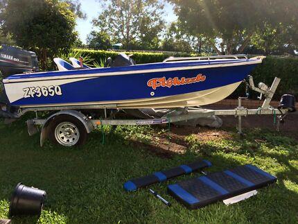 Boat 4m savage viva