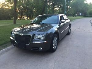 2009 Chrysler 300 limited loaded leather seats
