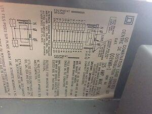 125 Amp Breaker Pannel
