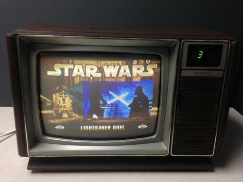 """VINTAGE ZENITH SZ1319W 13"""" TELEVISION  -1983 MANUFACTURED"""