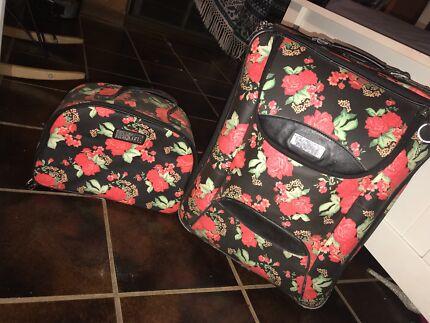 Rip curl suitcase