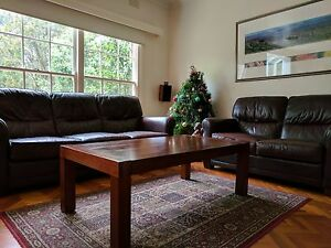 Dark-wooden coffee table - excellent condition. Nunawading Whitehorse Area Preview