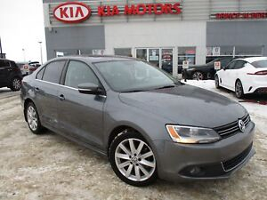 2012 Volkswagen Jetta 2.0 TDI Highline Sunroof - Bluetooth -...