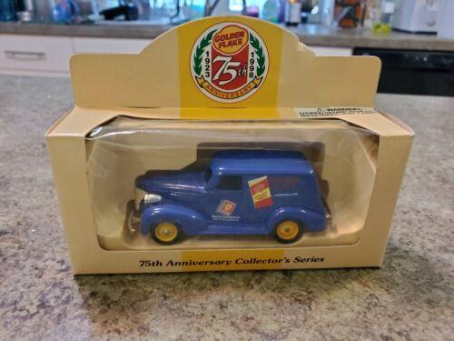Vintage GOLDEN FLAKE 75TH Anniversary 1998 Diecast Lledo England Truck NRFB NEW