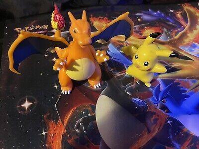 Deluxe Action Pokemon Figure Charizard + Pikachu