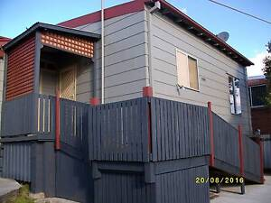 PRIVATE AND SPACIOUS UNIT CLOSE TO MAIN STREET Dungog Dungog Area Preview