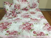 Bnwt baby girl girly floral & lace detailed cot quilt set Fairfield East Fairfield Area Preview
