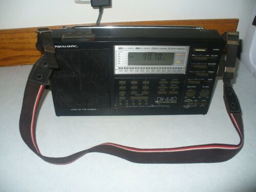 REALISTIC DX-440 VOICE OF THE WORLD SHORTWAVE RADIO RECEIVER AM/FM/SW/MW/LW