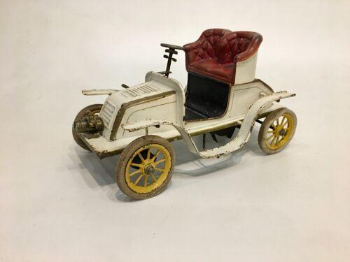 Bing 1904 clockwork largest size De Dion automobile with original paint