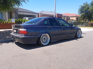 Wrecking Bmw 318i manual e36 Avondale Heights Moonee Valley Preview