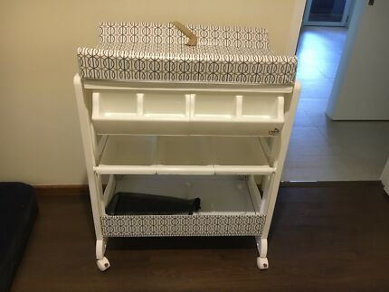 White baby care change table with bath $70 ono