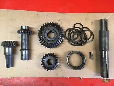 94830 - Bush Hog Disc Mower Dm70 Dm80 Dm90 Main Drive Gearbox Gear Shaft Set
