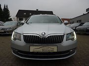 Skoda Superb Combi 2.0 TDI DSG Exclusive AHK Memory