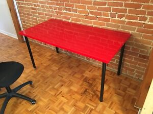 Bright red IKEA Linnmon table w/ computer chair, great condition