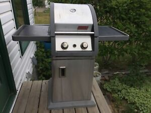 COLEMAN small spaces barbque propane good condition