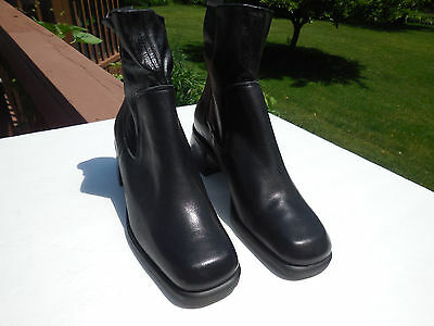 NWOT NINE WEST  LADIES BLACK LEATHER PULL ON ANKLE BOOTS SIZE 6 M