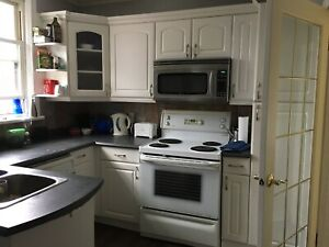One room left-  Mohawk College Student Rental-May 1