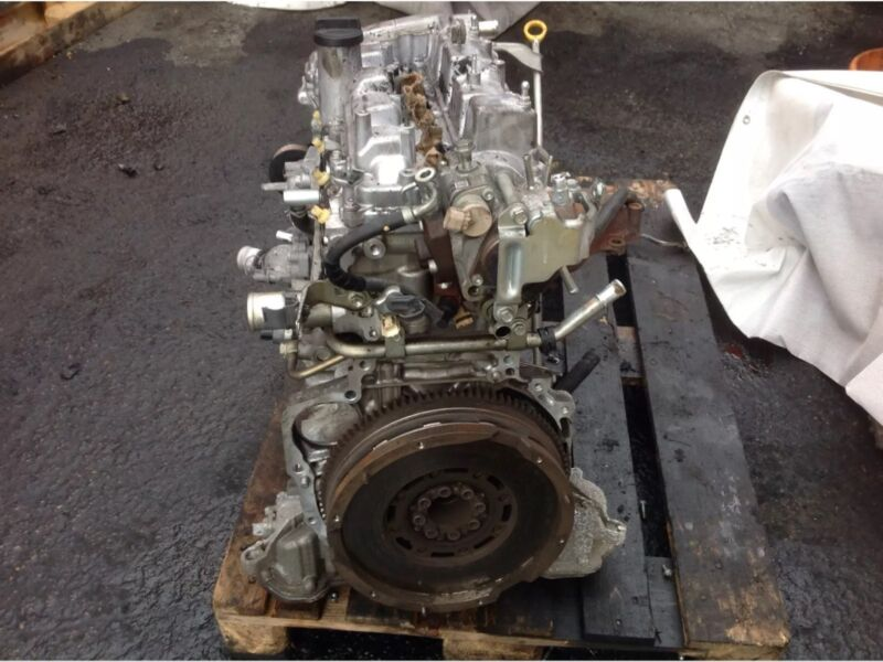 LEXUS IS220 IS220d 2.2 DIESEL ENGINE BARE 2005-2012