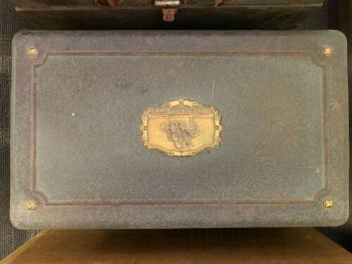 Antique Atwater Kent Model 40 tube Radio 1920s