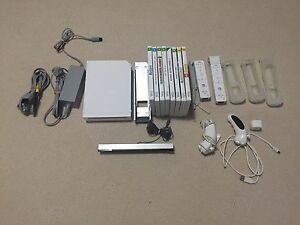 Nintendo Wii Bundle with games Craigmore Playford Area Preview