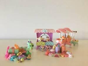 Littlest Pet Shop -Babies Stroller and Crib sets