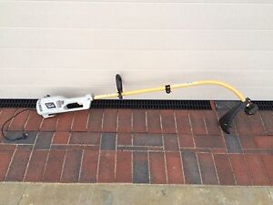 Whipper snipper Jindalee Wanneroo Area Preview