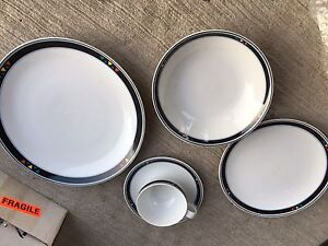 Studio nova incomplete dish set