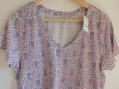 NWT GAP Women's Favorite V-Neck T-Shirt White/Red/Blue Floral XS S M NEW