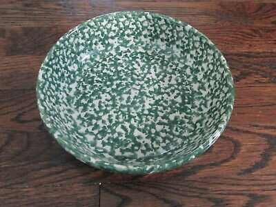 WORKSHOPS of GERALD E. HENN green splatterware round pasta bowl.  Roseville.