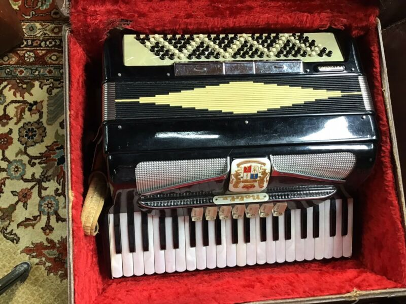 Vintage Noble Futuramic Accordion