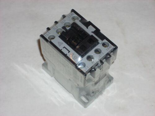 Clarke WE22225008 Contactor for Mig Welder Model 235 & 185 Taian CN-16