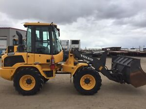 2015 Volvo L35G Compact Loader w/Factory Warranty