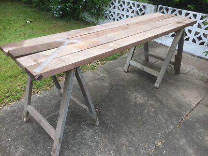 Trestle work bench