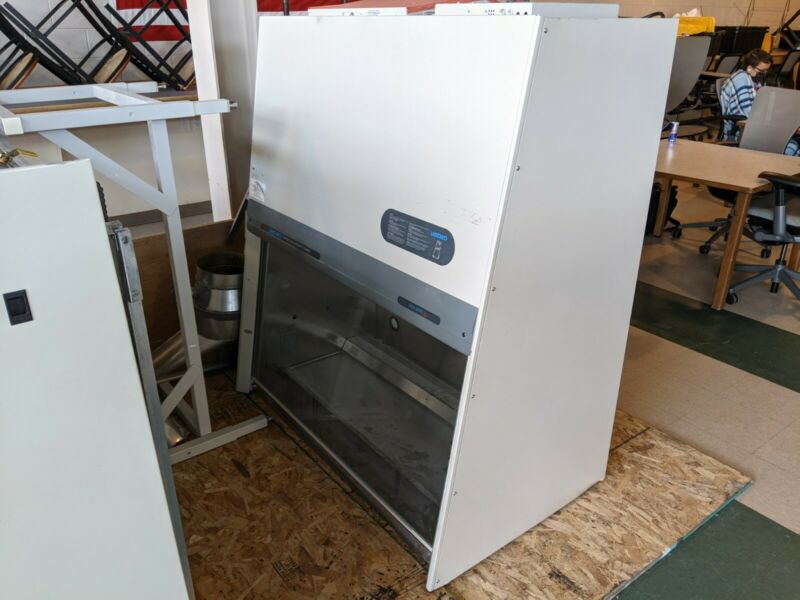 LABCONCO PURIFIER DELTA SERIES CLASS II BIOLOGICAL SAFETY CABINET