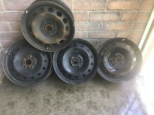 "4 rims toyota camry in good condition 16"" nego"