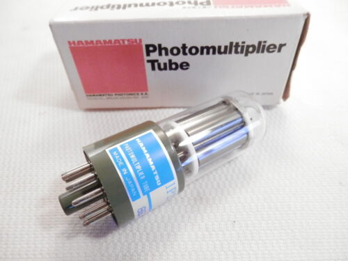 Hamamatsu Model 1P21 Photomultiplier Tube 300-650nm Side-on - Made in Japan