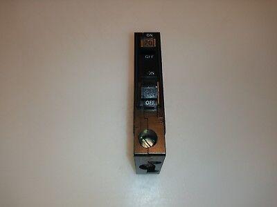 Square D Qot2020 Piggyback 20 Amp 120240v Circuit Breaker Qo Metal Hook Qo2020