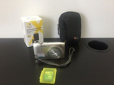 Nikon COOLPIX S3100 14.0MP Digital Camera - Silver, with case, charger & battery