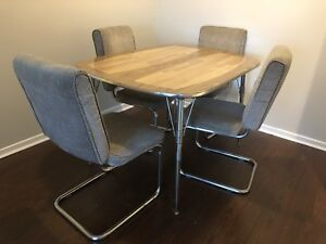 Retro Dining table with chairs
