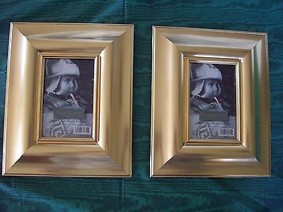 2 FRAMES   GOLD     PHOTO / PICTURE Holds 4 X 6 photo Thick Frame Lot of 2  NEW