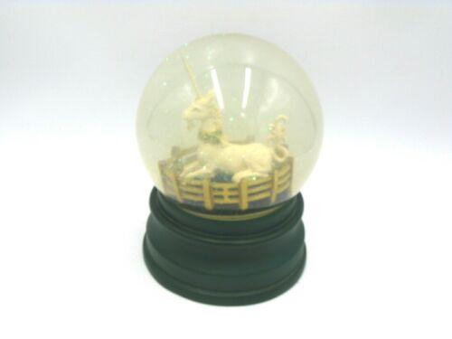 Vintage MMA Metropolitan Museum of Art Unicorn Snow Globe Circa 1980's