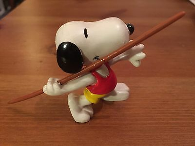 Snoopy Peanuts Rubber Olympic Javelin Thrower Collectable Rare Vintage Classic