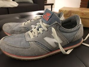 Women's New Balance 420 Sneakers 8.5