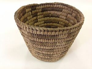 Antique-Hopi-Indian-Native-American-Hand-Woven-Basket-Great-Shape-and-Condition